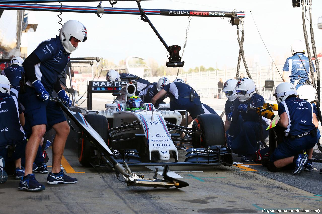 TEST F1 BARCELLONA 24 FEBBRAIO, Felipe Massa (BRA) Williams FW38 practices a pit stop. 24.02.2016.
