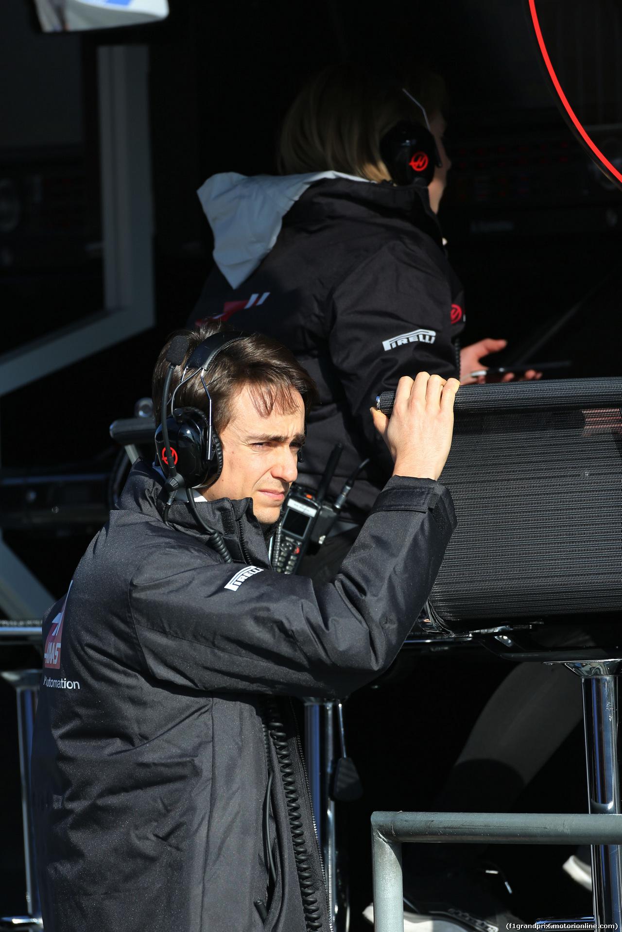 TEST F1 BARCELLONA 24 FEBBRAIO, Esteban Gutierrez (MEX), Haas F1 Team  24.02.2016.