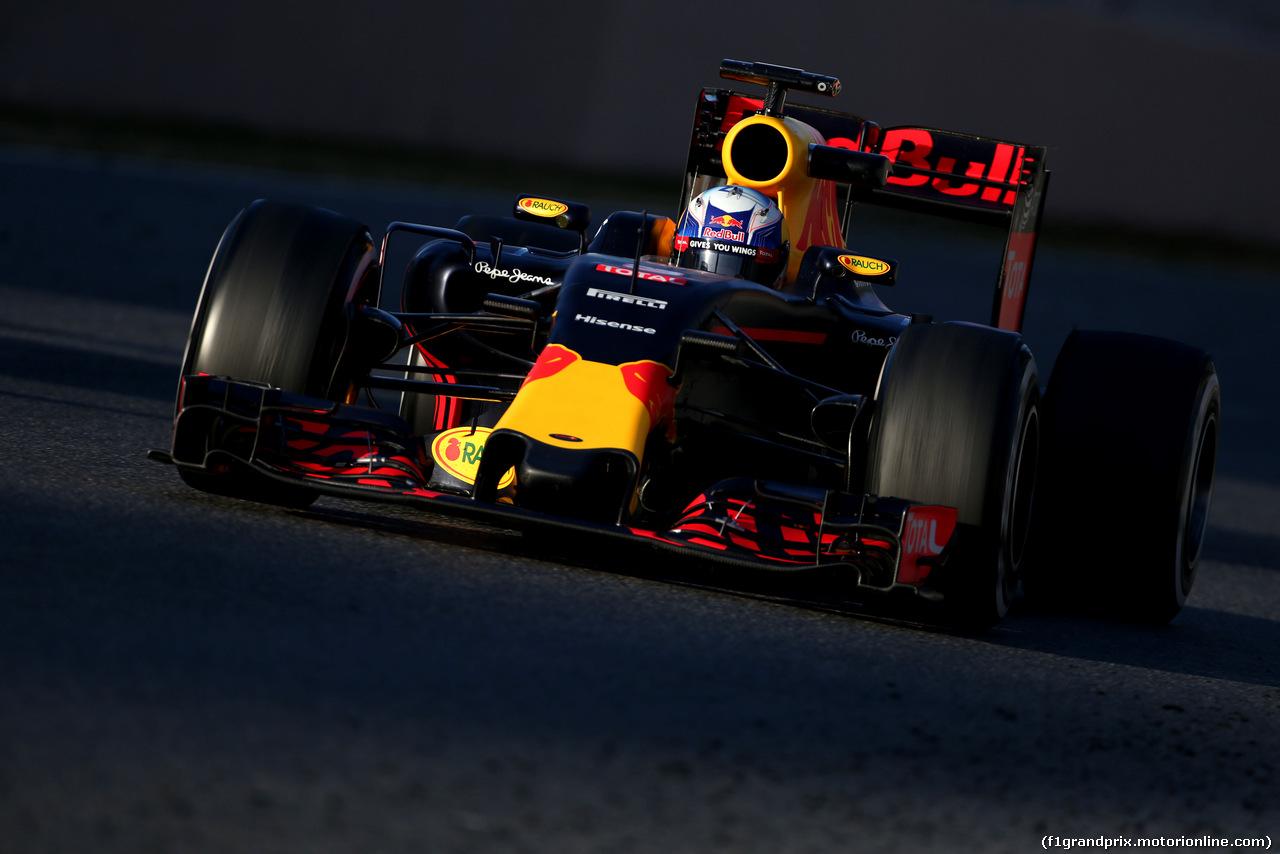 TEST F1 BARCELLONA 2 MARZO, Daniel Ricciardo (AUS), Red Bull Racing  02.03.2016.