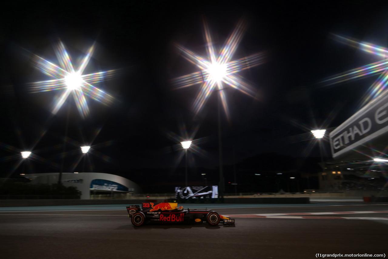 GP ABU DHABI, 26.11.2017 - Gara, Max Verstappen (NED) Red Bull Racing RB13