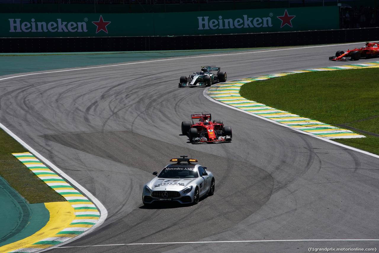 GP BRASILE, 12.11.2017 - Gara, The Safety car e Sebastian Vettel (GER) Ferrari SF70H