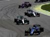 GP BRASILE, 12.11.2017 - Gara, Marcus Ericsson (SUE) Sauber C36 e Lewis Hamilton (GBR) Mercedes AMG F1 W08