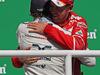 GP BRASILE, 12.11.2017 - Gara, Felipe Massa (BRA) Williams FW40 e Sebastian Vettel (GER) Ferrari SF70H