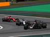 GP BRASILE, 12.11.2017 - Gara, Romain Grosjean (FRA) Haas F1 Team VF-17 e Lance Stroll (CDN) Williams FW40