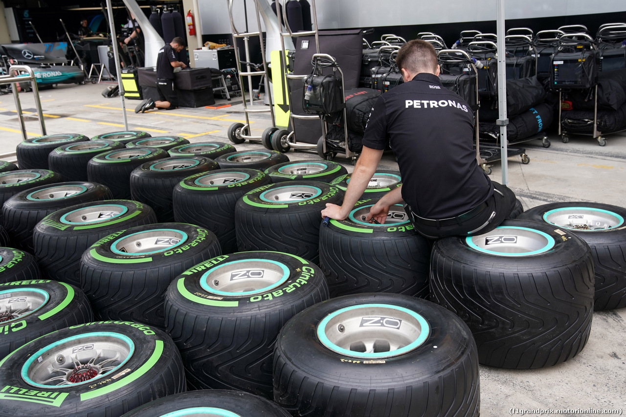 GP BRASILE, 09.11.2017 - Pirelli Tyres