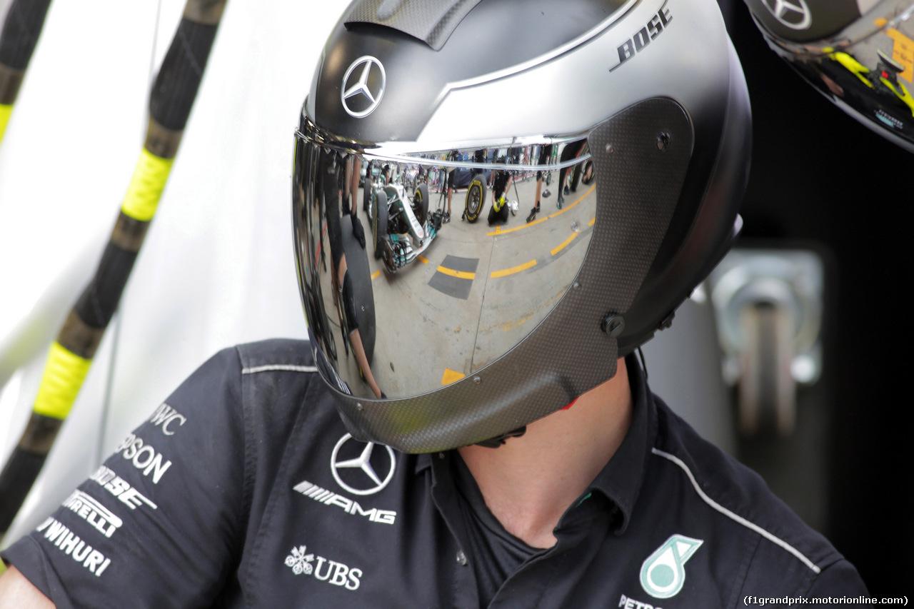 GP BRASILE, 09.11.2017 - Mercedes Atmosphere
