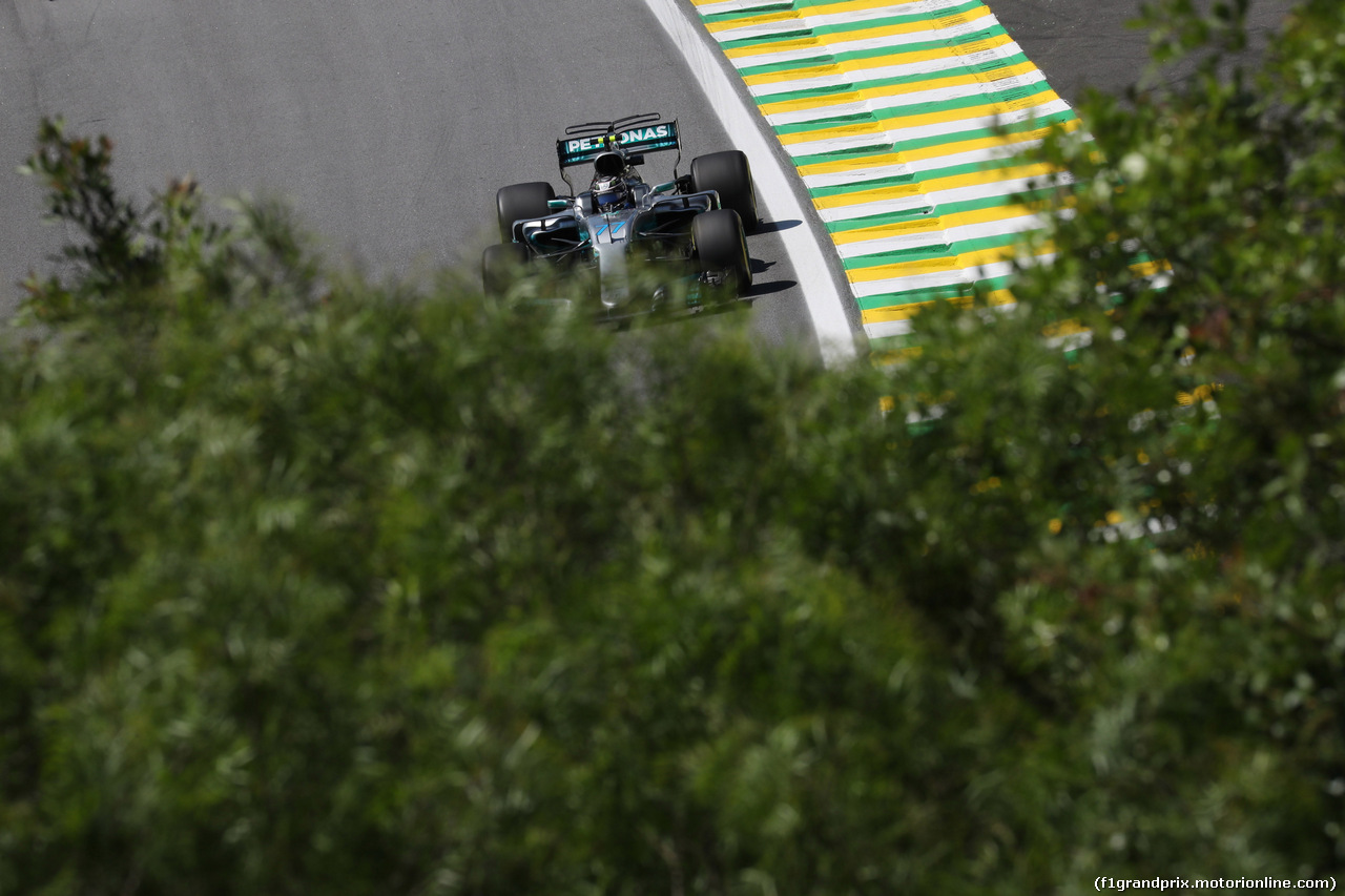 GP BRASILE, 10.11.2017 - Prove Libere 1, Valtteri Bottas (FIN) Mercedes AMG F1 W08