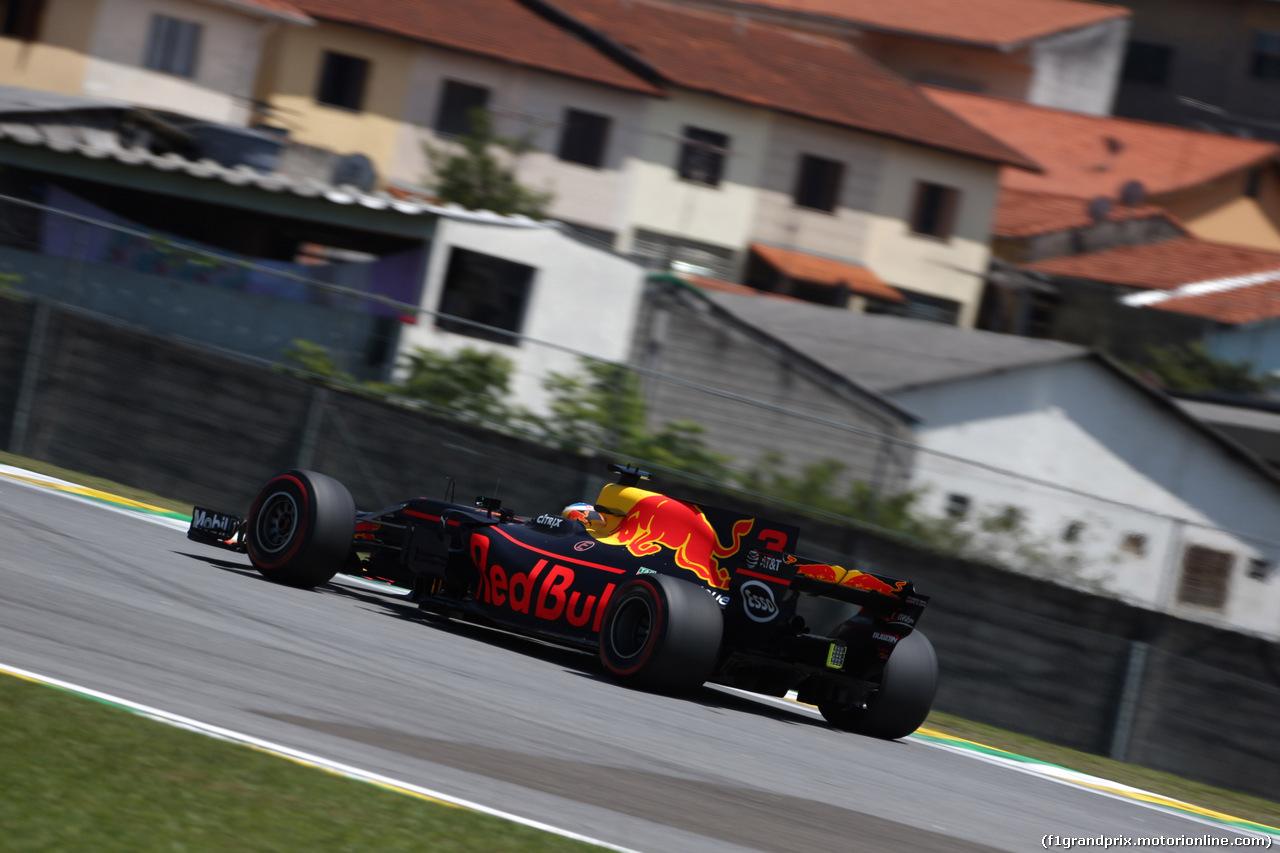 GP BRASILE, 10.11.2017 - Prove Libere 1, Daniel Ricciardo (AUS) Red Bull Racing RB13