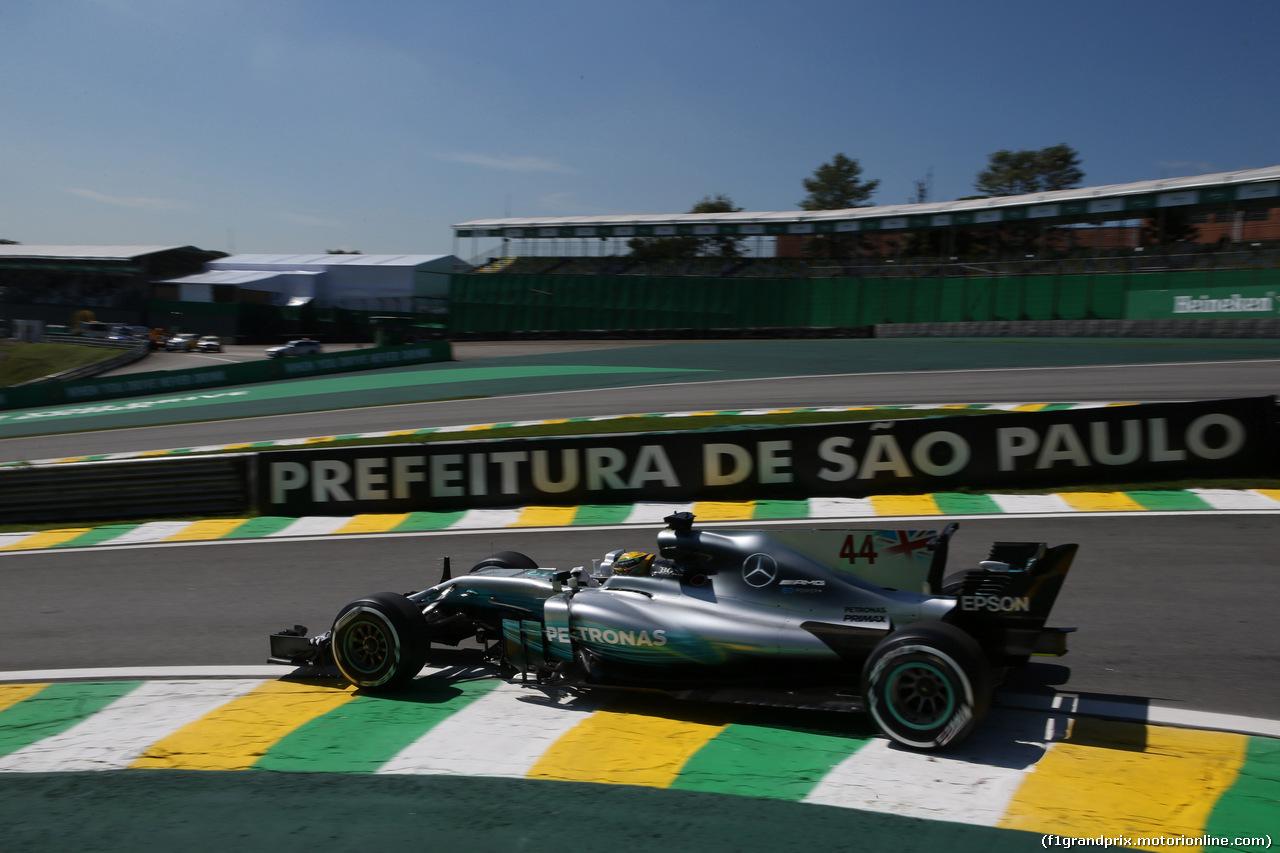 GP BRASILE, 10.11.2017 - Prove Libere 1, Lewis Hamilton (GBR) Mercedes AMG F1 W08