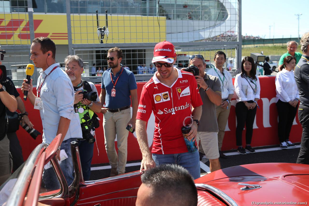 GP GIAPPONE, 08.10.2017- driver parade, Sebastian Vettel (GER) Ferrari SF70H