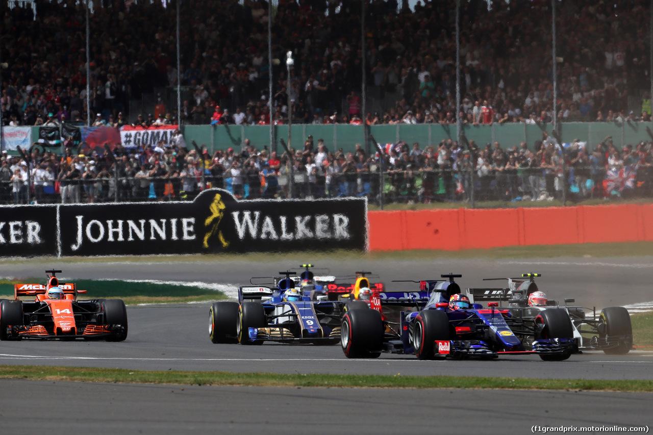 GP GRAN BRETAGNA, 16.07.2017 - Gara, Start of the race, Daniil Kvyat (RUS) Scuderia Toro Rosso STR12