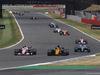 GP GRAN BRETAGNA, 16.07.2017 - Gara, Esteban Ocon (FRA) Sahara Force India F1 VJM10 e Nico Hulkenberg (GER) Renault Sport F1 Team RS17
