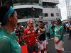 GP MALESIA, 01.10.2017 - Sebastian Vettel (GER) Ferrari SF70H e Pascal Wehrlein (GER) Sauber C36
