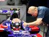 GP MALESIA, 28.09.2017 - Pierre Gasly (FRA) Scuderia Toro Rosso STR12 e Jo Bauer (GER) FIA Technical Delegate