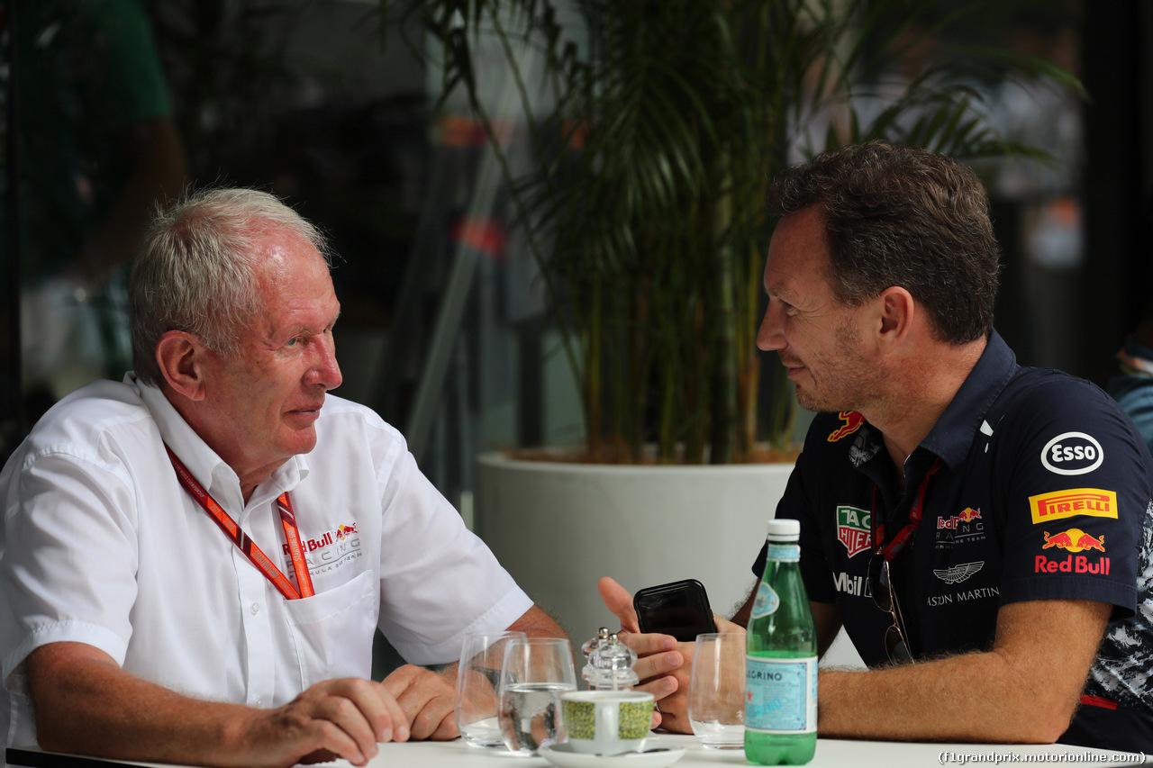 GP MALESIA, 30.09.2017 - Helmut Marko (AUT), Red Bull Racing, Red Bull Advisor e Christian Horner (GBR), Red Bull Racing, Sporting Director