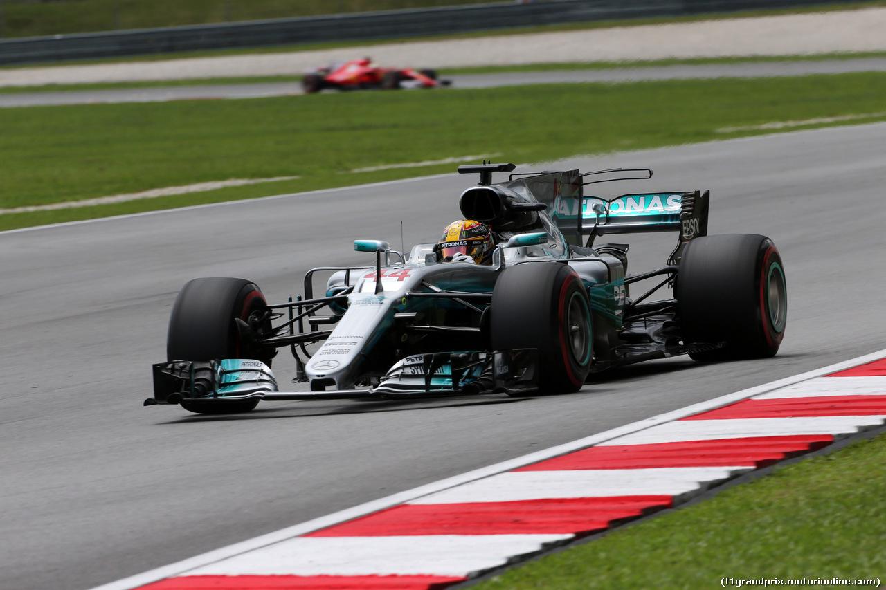 GP MALESIA, 30.09.2017 - Prove Libere 3, Lewis Hamilton (GBR) Mercedes AMG F1 W08 e Sebastian Vettel (GER) Ferrari SF70H