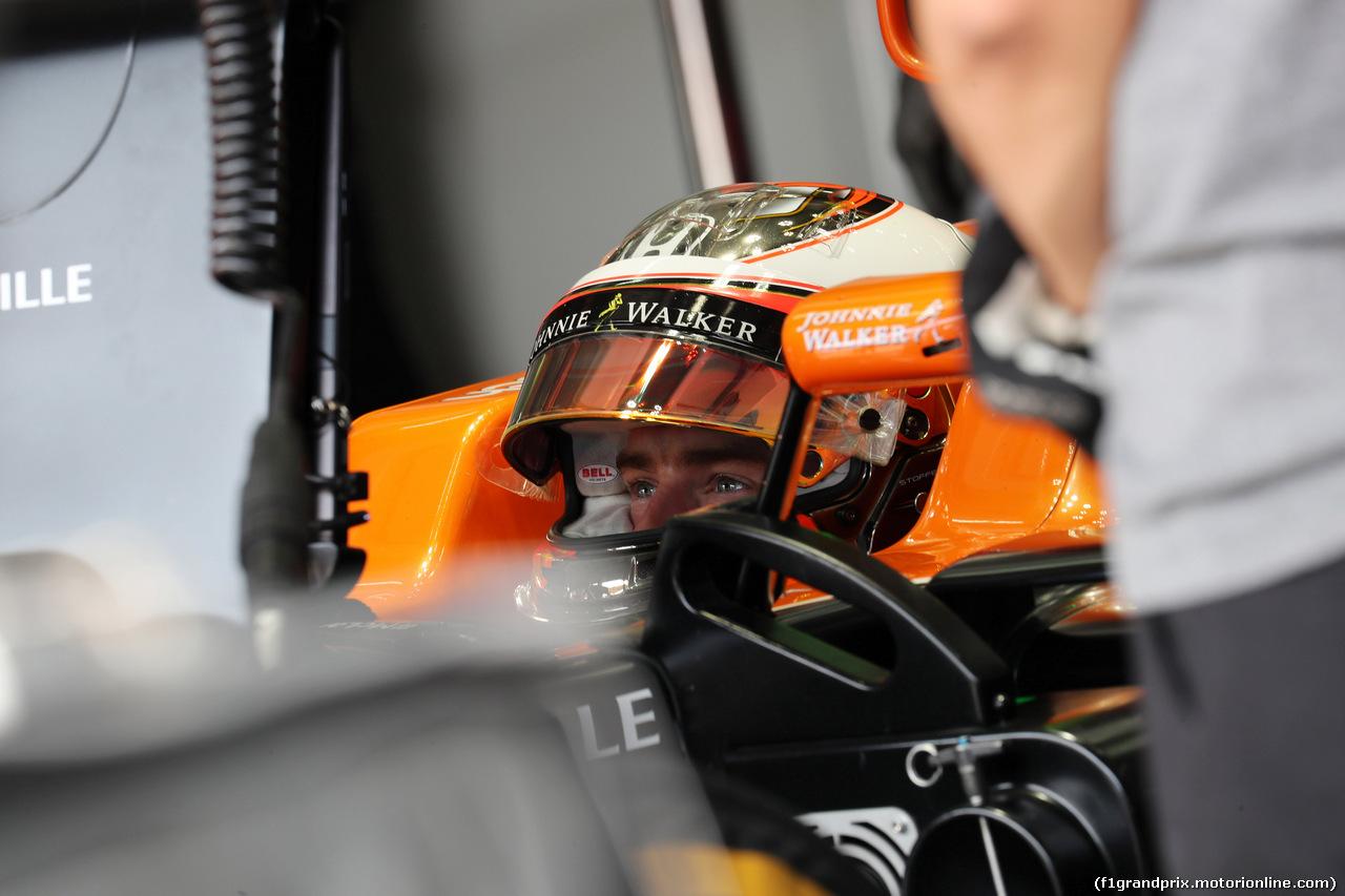 GP MALESIA, 30.09.2017 - Prove Libere 3, Stoffel Vandoorne (BEL) McLaren MCL32