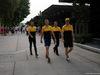 GP MALESIA, 29.09.2017 - Jolyon Palmer (GBR) Renault Sport F1 Team RS17, Sergey Sirotkin (RUS) Renault Sport F1 Team RS17 e Nico Hulkenberg (GER) Renault Sport F1 Team RS17