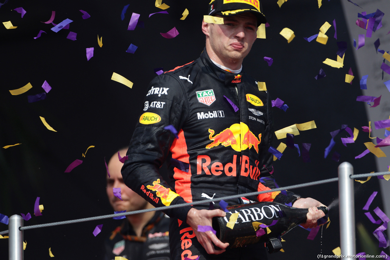 GP MESSICO, 29.10.2017 - Gara, Max Verstappen (NED) Red Bull Racing RB13 vincitore