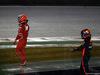 GP SINGAPORE, 17.09.2017 - Gara, Kimi Raikkonen (FIN) Ferrari SF70H e Max Verstappen (NED) Red Bull Racing RB13 retire from the race