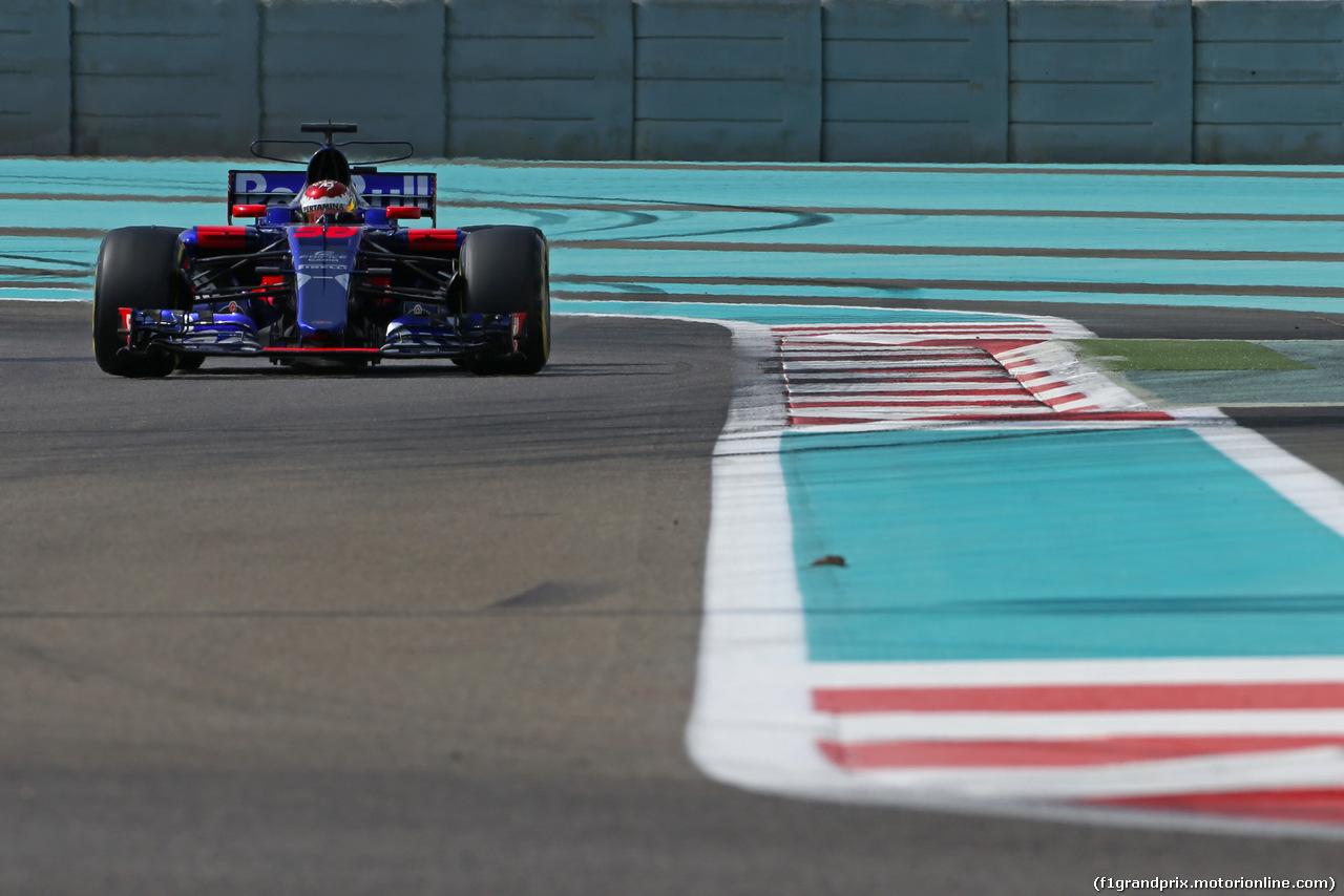 TEST ABU DHABI 28 NOVEMBRE, Sean Gelael (IDN) Scuderia Toro Rosso  28.11.2017.
