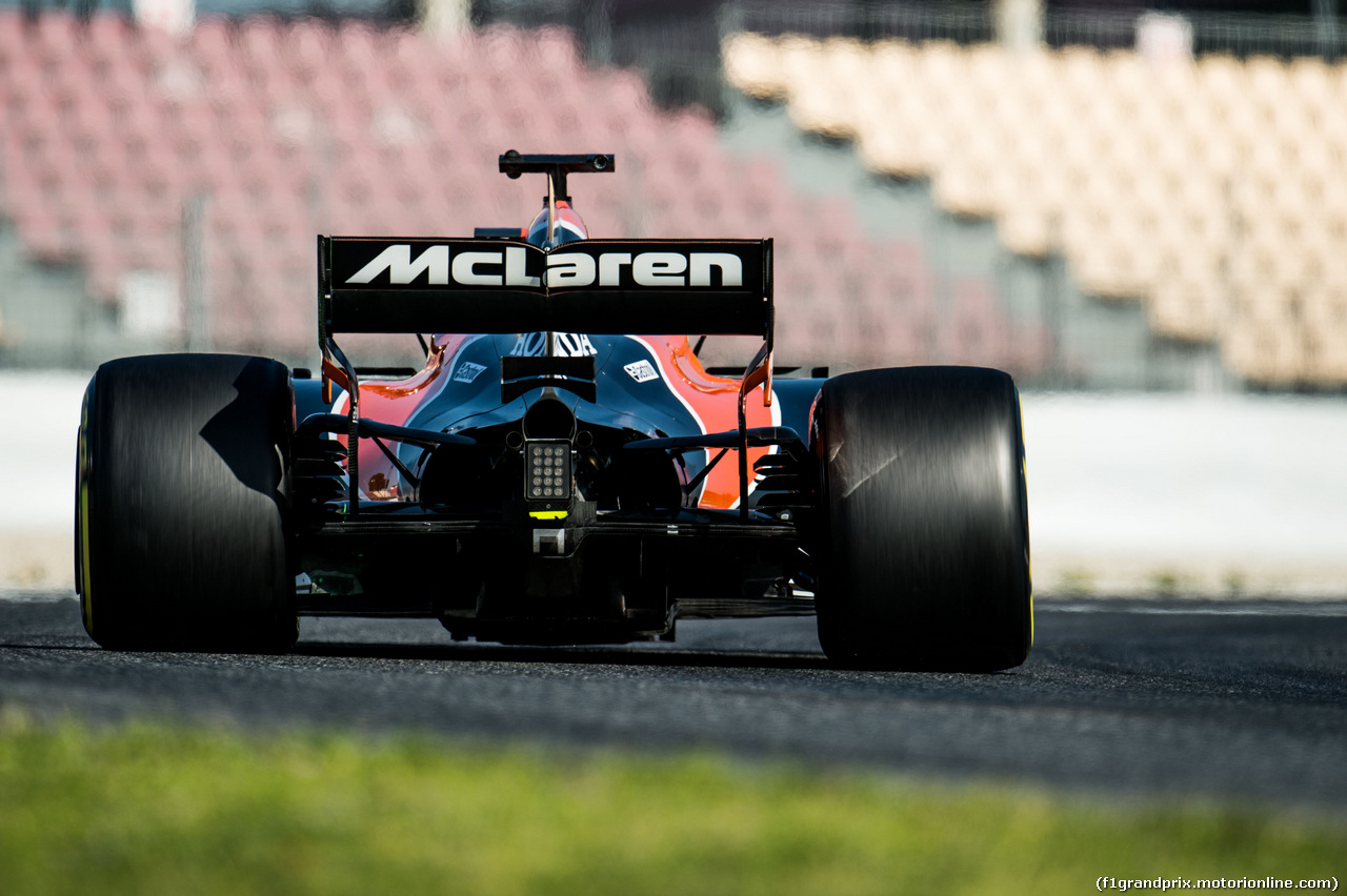 TEST F1 BARCELLONA 10 MARZO, Fernando Alonso (ESP) McLaren MCL32. 10.03.2017.