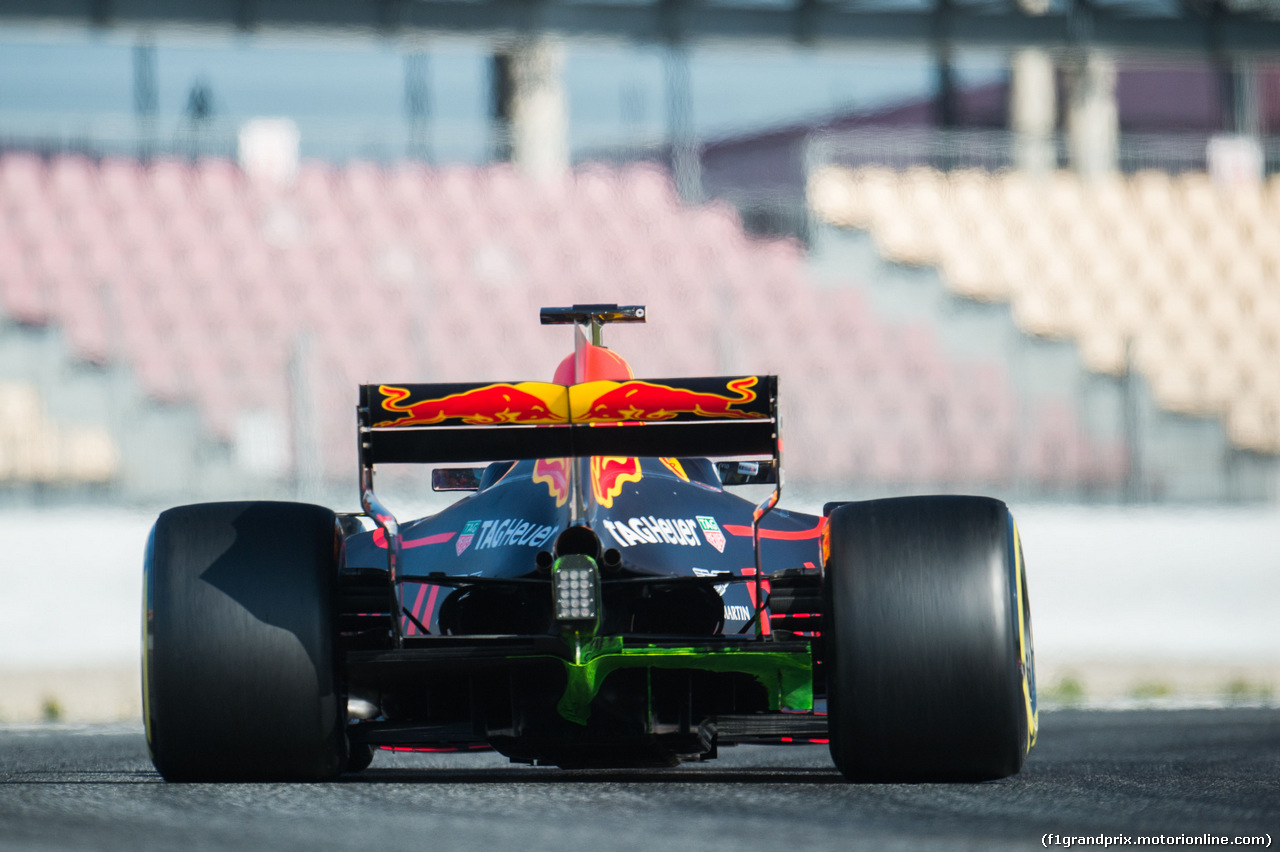TEST F1 BARCELLONA 10 MARZO, Max Verstappen (NLD) Red Bull Racing RB13 with flow-vis paint. 10.03.2017.