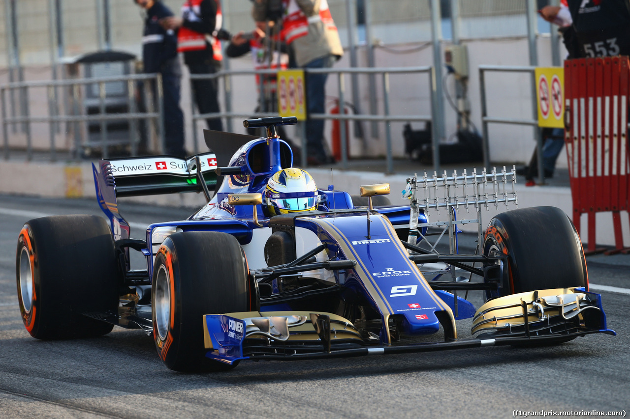 TEST F1 BARCELLONA 27 FEBBRAIO, Marcus Ericsson (SWE) Sauber C36 running sensor equipment. 27.02.2017.