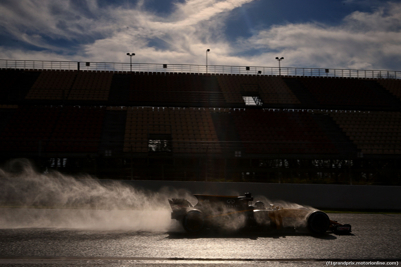 TEST F1 BARCELLONA 2 MARZO, Nico Hulkenberg (GER) Renault Sport F1 Team RS17.