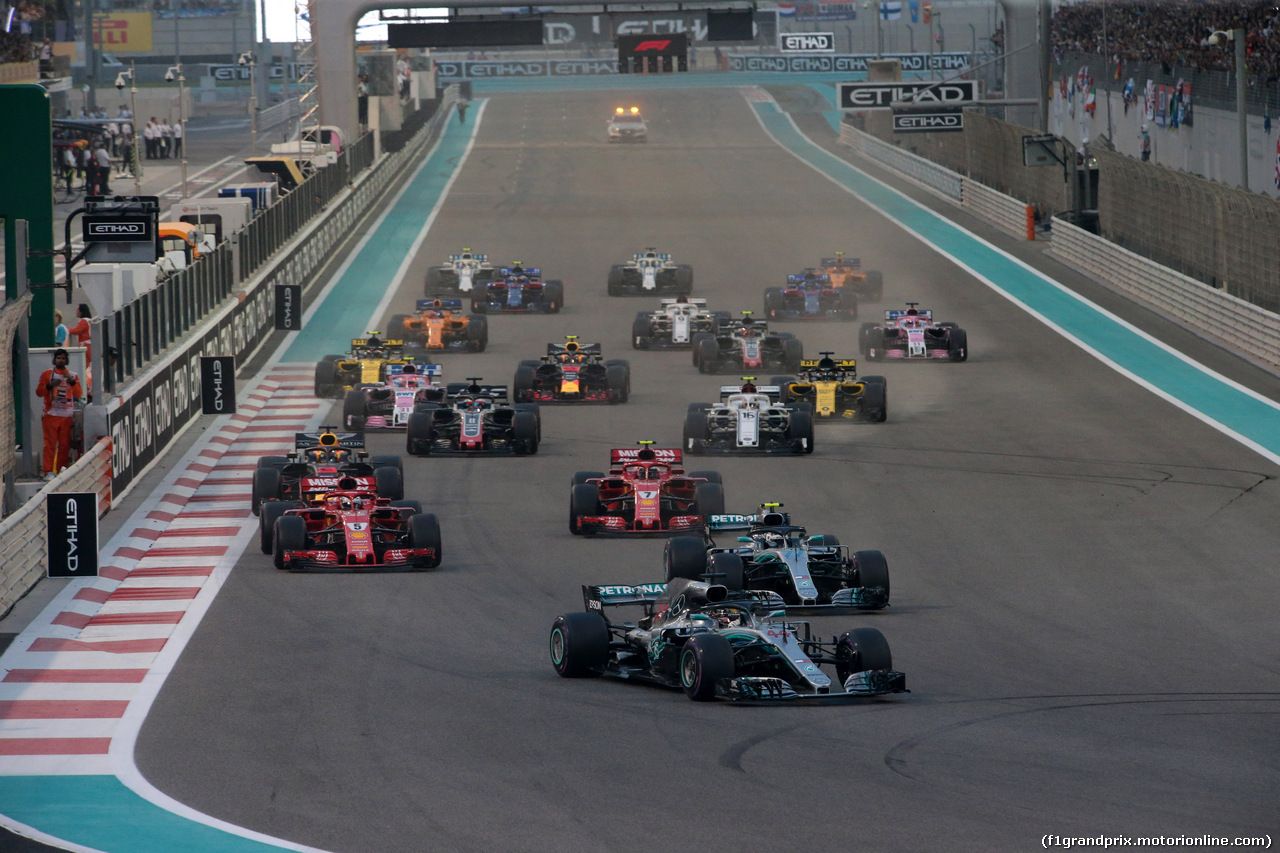 GP ABU DHABI, 25.11.2018 - Gara, Start of the race