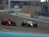 GP ABU DHABI, 25.11.2018 - Gara, Kimi Raikkonen (FIN) Ferrari SF71H e Charles Leclerc (MON) Sauber C37