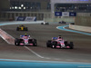 GP ABU DHABI, 25.11.2018 - Gara, Esteban Ocon (FRA) Racing Point Force India F1 VJM11 e Sergio Perez (MEX) Racing Point Force India F1 VJM11