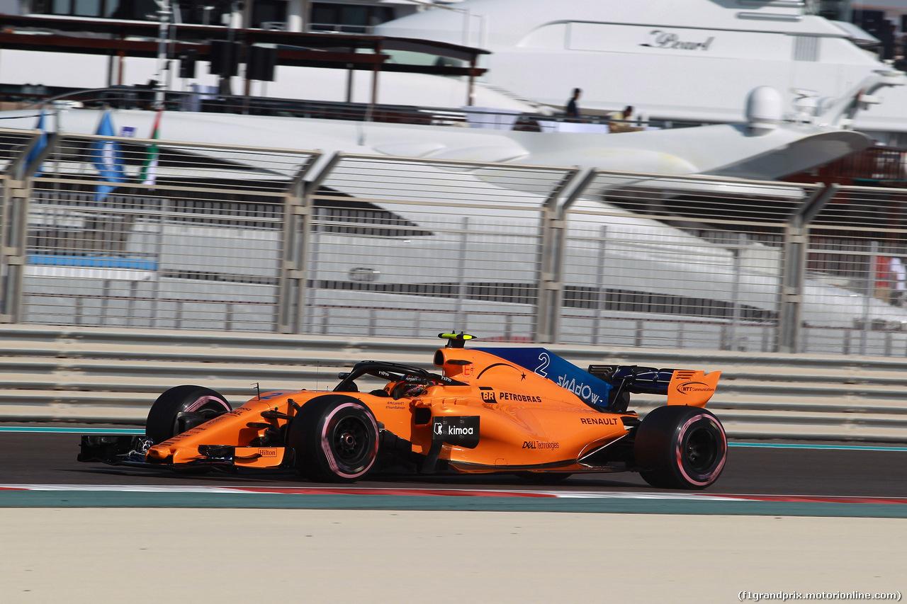 GP ABU DHABI, 24.11.2018 - Prove Libere 3, Stoffel Vandoorne (BEL) McLaren MCL33