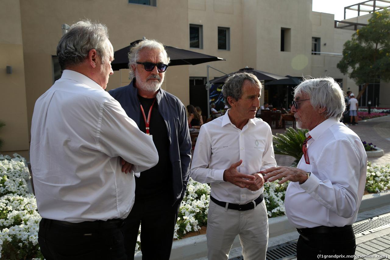 GP ABU DHABI, 24.11.2018 - Qualifiche, (L-R) Jerome Stoll (FRA) Renault Sport F1 President, Flavio Briatore (ITA), Alain Prost (FRA) Renault Sport F1 Team Special Advisor e Bernie Ecclestone (GBR)