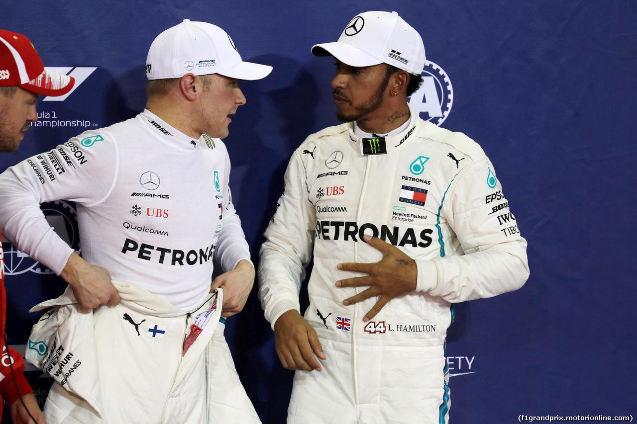 GP ABU DHABI, 24.11.2018 - Qualifiche, 2nd place Valtteri Bottas (FIN) Mercedes AMG F1 W09 e Lewis Hamilton (GBR) Mercedes AMG F1 W09 pole position