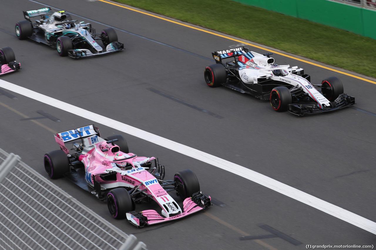 GP AUSTRALIA, 25.03.2018 - Gara, Sergio Perez (MEX) Sahara Force India F1 VJM011 e Lance Stroll (CDN) Williams FW41