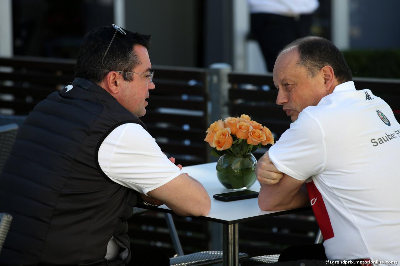 GP AUSTRALIA, 22.03.2018 - (L-R) Eric Boullier (FRA) McLaren Racing Director e Frederic Vasseur (FRA) Sauber Team Principal