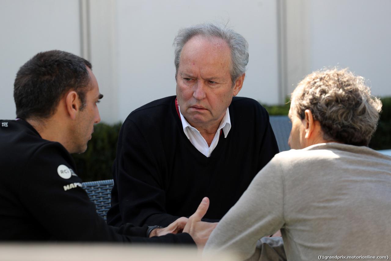 GP AUSTRALIA, 22.03.2018 - (L-R) Cyril Abiteboul (FRA) Renault Sport F1 Managing Director, Jerome Stoll (FRA) Renault Sport F1 President e Alain Prost (FRA) Renault Sport F1 Team Special Advisor