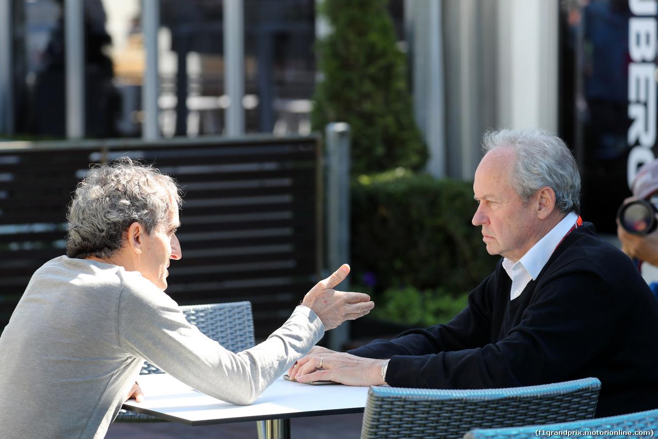 GP AUSTRALIA, 22.03.2018 - Alain Prost (FRA) Renault Sport F1 Team Special Advisor e Jerome Stoll (FRA) Renault Sport F1 President