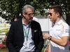 GP AUSTRALIA, 22.03.2018 - Alessandro Alunni Bravi (ITA) Driver Manager e Stoffel Vandoorne (BEL) McLaren MCL33