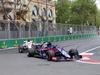 GP AZERBAIJAN, 29.04.2018 - Gara, Brendon Hartley (NZL) Scuderia Toro Rosso STR13 e Marcus Ericsson (SUE) Sauber C37