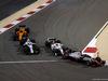 GP BAHRAIN, 08.04.2018 - Gara, Romain Grosjean (FRA) Haas F1 Team VF-18 davanti a Sergey Sirotkin (RUS) Williams FW41 e Charles Leclerc (MON) Sauber C37