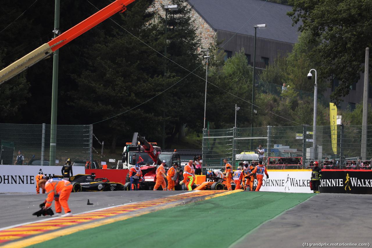 GP BELGIO, 26.08.2018 - Gara, Fernando Alonso (ESP) McLaren MCL33 retires from the race