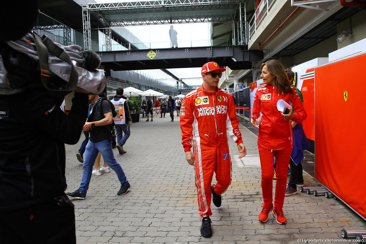 GP BRASILE, 08.11.2018 - Kimi Raikkonen (FIN) Ferrari SF71H e Stefania Boccoli (ITA) Ferrari PR Officer