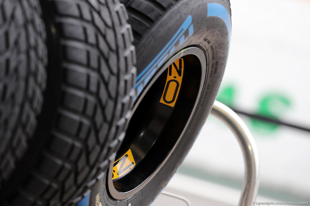 GP BRASILE, 08.11.2018 - Pirelli Tyres e OZ Wheels