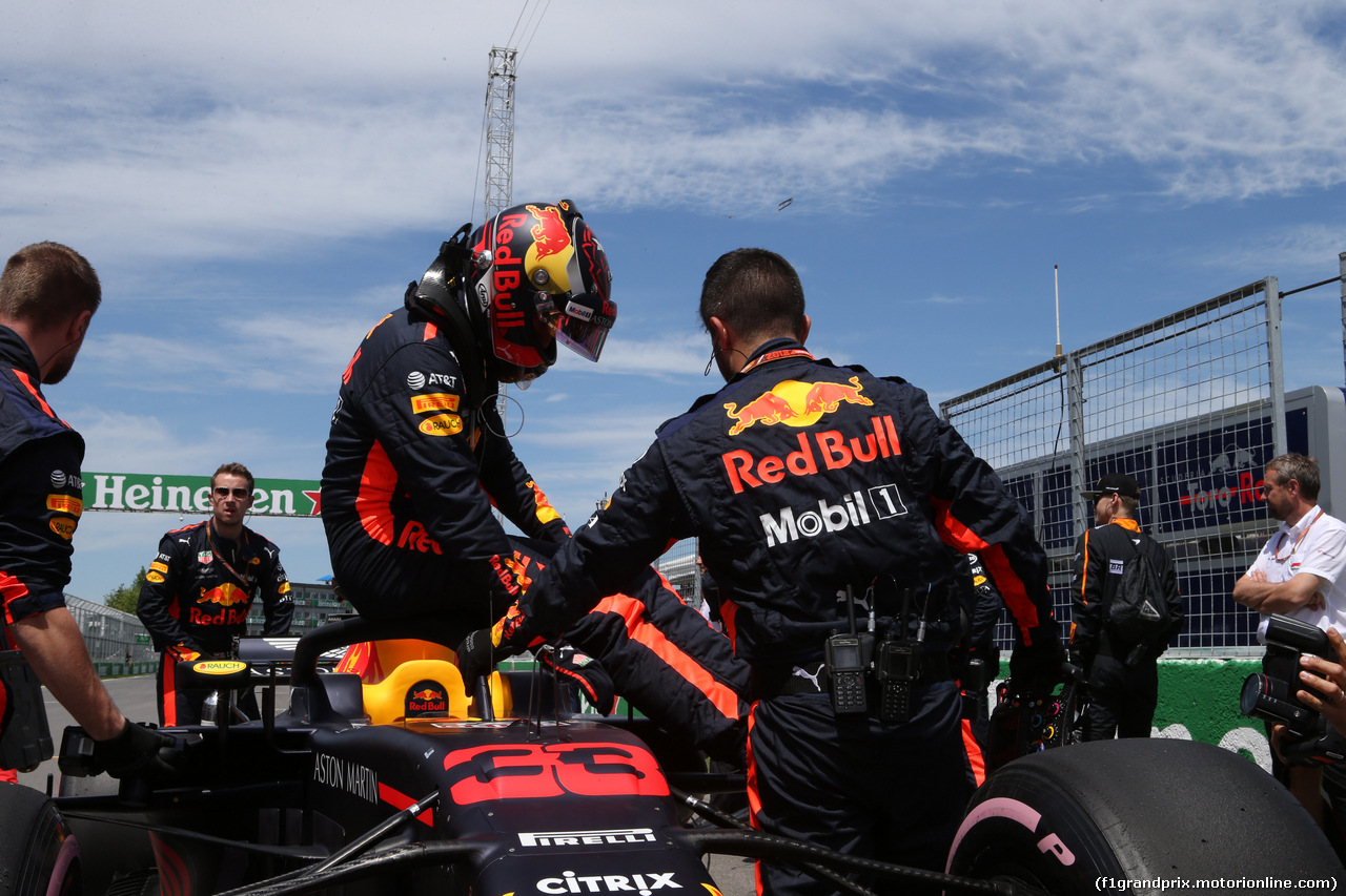 GP CANADA, 10.06.2018- Gara, the partenzaing grid: Max Verstappen (NED) Red Bull Racing RB14