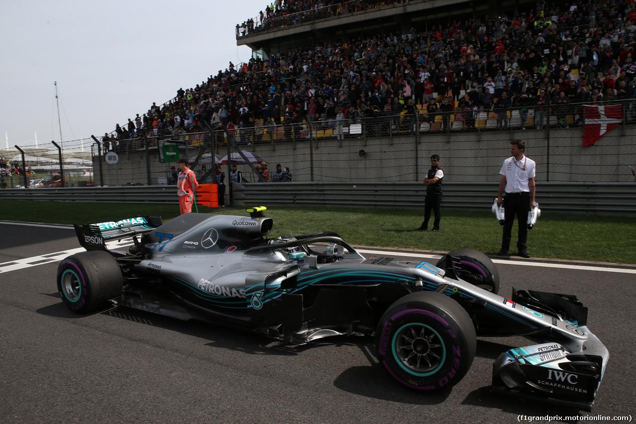 GP CINA, 15.04.2018- partenzaing grid, Valtteri Bottas (FIN) Mercedes AMG F1 W09