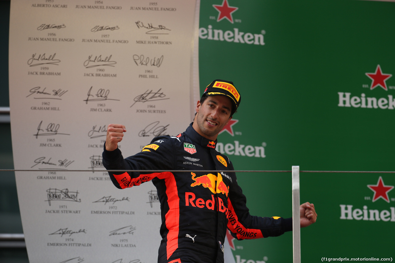 GP CINA, 15.04.2018- Podium winner Daniel Ricciardo (AUS) Red Bull Racing RB14