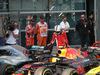 GP CINA, 15.04.2018- Parc ferme, Sebastian Vettel (GER) Ferrari SF71H take a look to Lewis Hamilton (GBR) Mercedes AMG F1 W09