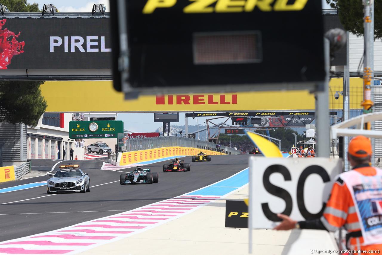 GP FRANCIA, 24.06.2018- Gara, Lewis Hamilton (GBR) Mercedes AMG F1 W09